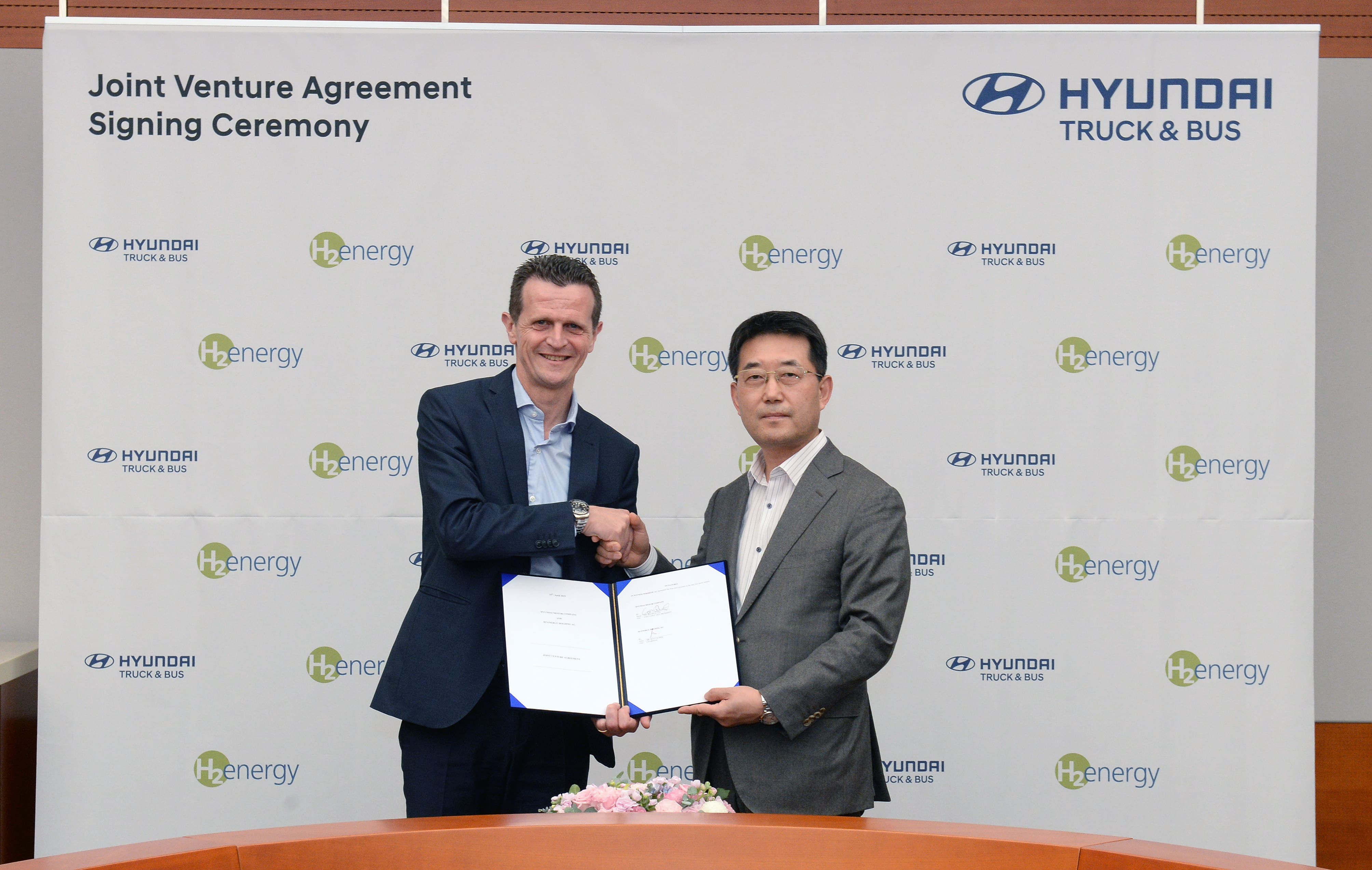 Hyundai Motor and H2 Energy Sign Joint Venture Contract to spearhead Hydrogen Mobility in Europe