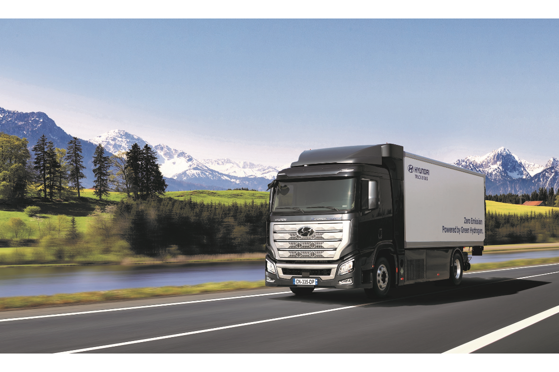 Hyundai's Hydrogen Mobility Solution Wins 2020 Truck Innovation Award