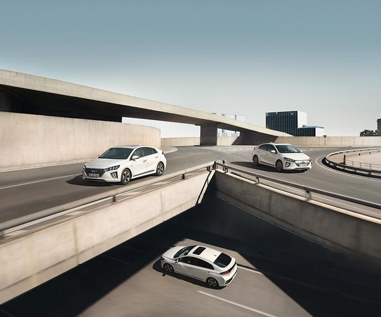 Hyundai IONIQ un coche, tres tecnologías