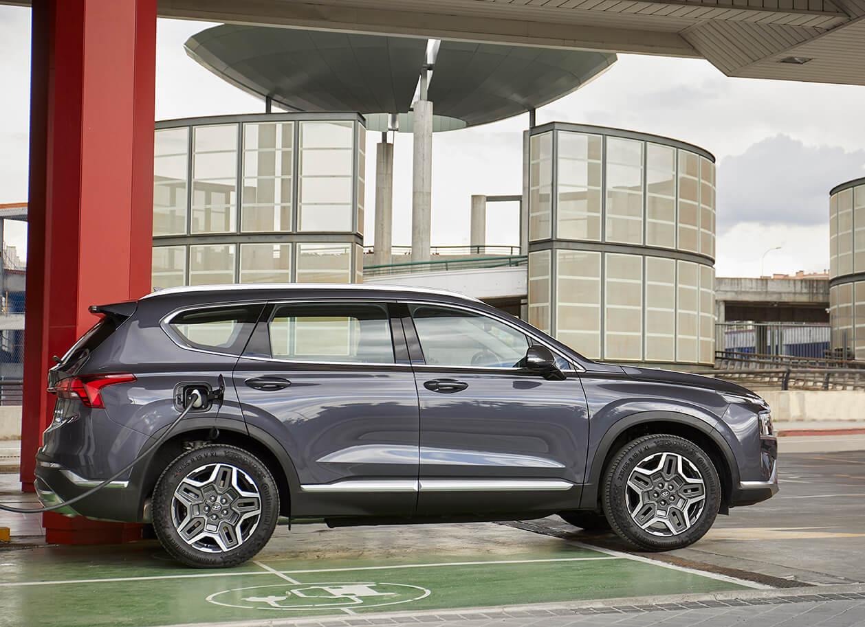 Nuevo Hyundai Santa Fe híbrido enchufable: El SUV PHEV