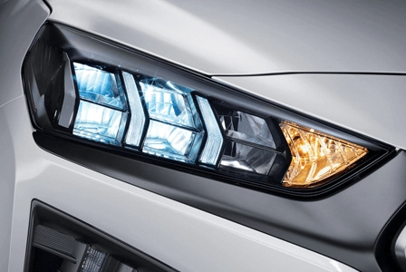 IONIQ Electric LED 헤드램프