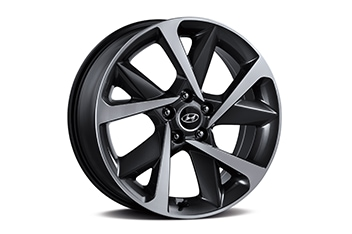 Sonata 19-inch alloy wheel for Sensuous only