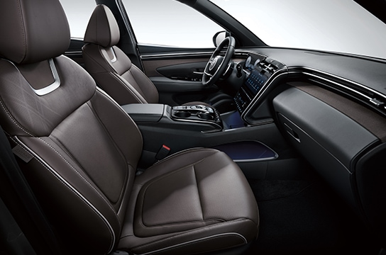 TUCSON interior color - Brown (Leather seat)